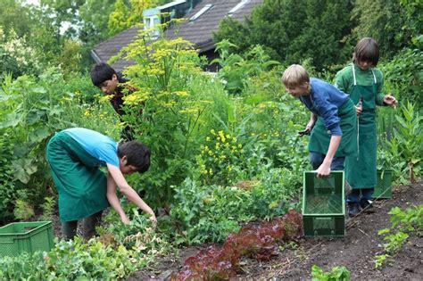 Der Gartenbau by Gartenbau Bund Der Freien Waldorfschulen
