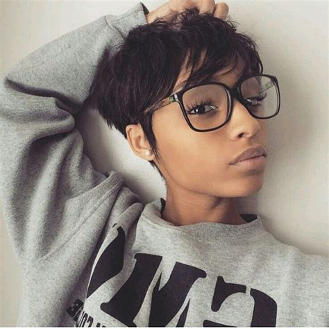 Pixie Hairstyles For Black Hair by Best 25 Black Pixie Haircut Ideas On Black