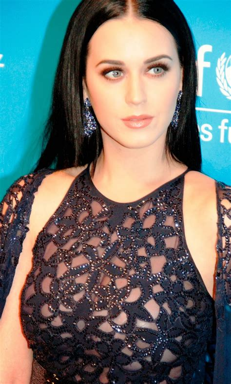 biography katy perry singer celebrity biography and photos katy perry