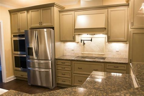 design gallery kitchen cabinetry color finish photos homecrest 17 best images about ben lee designs on pinterest