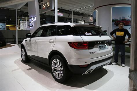 land wind interior land wind x7 is china s range rover evoque knockoff