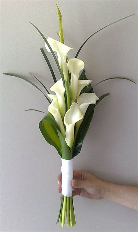 25 best ideas about lily 25 best ideas about calla lillies wedding on pinterest