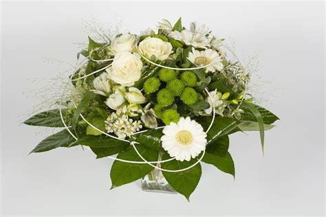 Fleur Verte Et Blanche by Bouquet Rond Vert Et Blanc Chlorophylle Livraison