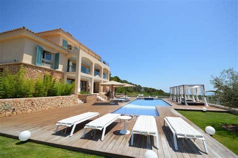 2 bedroom villas in majorca villa to rent in capdepera majorca with private pool 184109