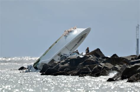 baseball player dies in boat accident miami marlins ace jose fernandez dies in boating accident