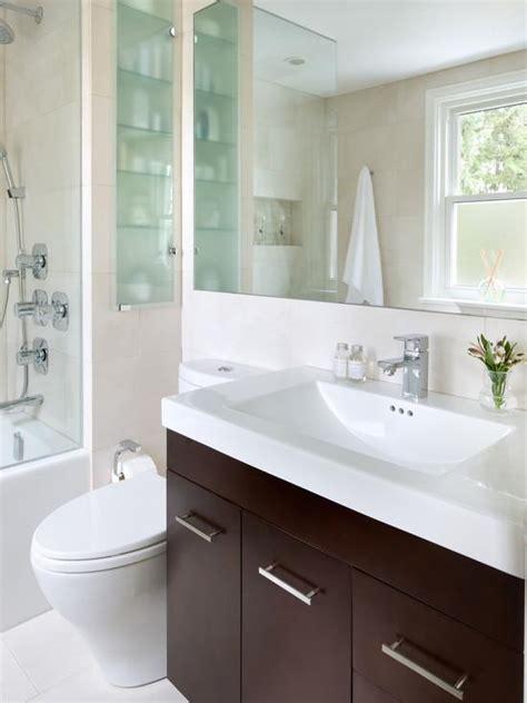 contemporary bathroom designs for small spaces как создать практичный и эстетичный дизайн в маленькой