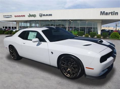 hellcat jeep white 2018 dodge challenger srt hellcat coupe in bowling