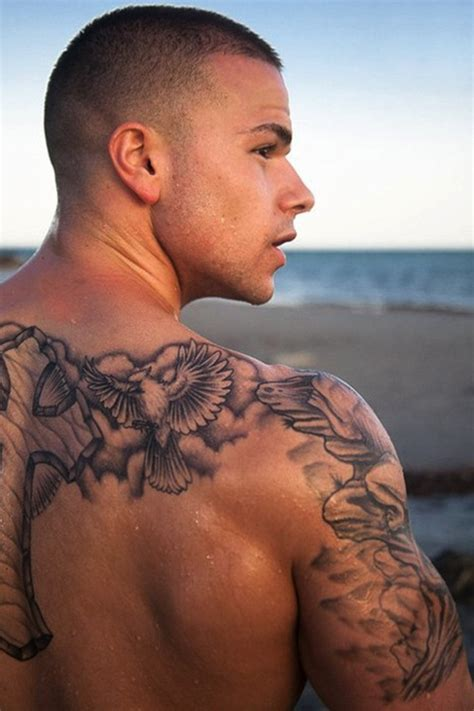 awesome back tattoos for men cool 3d back shoulder tattoos for in 2017 real photo