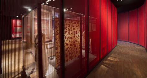 fabric and design museum london gitta gschwendtner s fabric of india opens at the v a