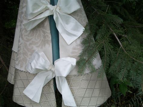 48 best images about christmas tree skirts on pinterest