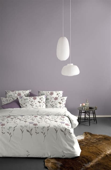 grayish purple mauve walls