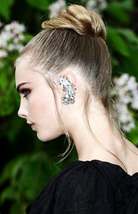 hair styles to cover hearing aids 1000 images about special education deaf hard of hearing