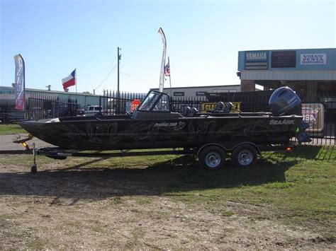 seaark pro cat boats for sale 2016 new seaark pro cat 240 aluminum fishing boat for sale
