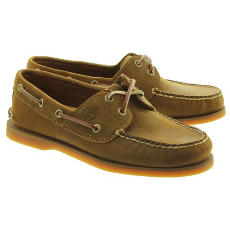 timberland boat shoes on feet timberland 1001r cls21 boat shoes in brown in brown
