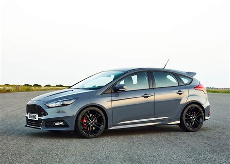 2014 Ford Focus St Horsepower by Ford Focus St 5 Doors Specs Photos 2014 2015 2016