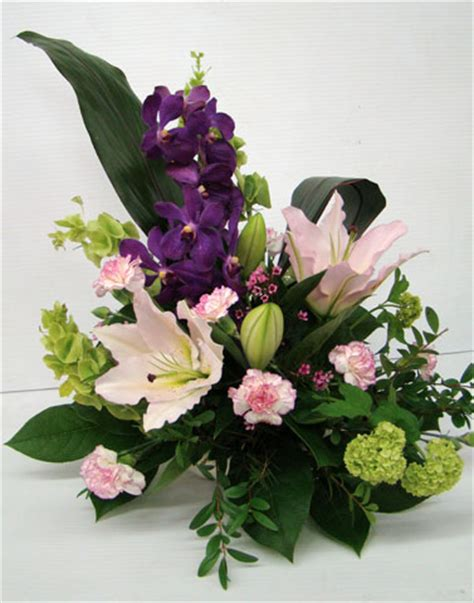 flower arrangement styles the art of flower arrangement and the beauty of it bored art