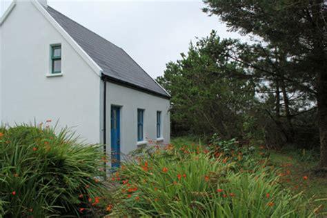 kerry coastal cottages dohilla luxurious home on valentia