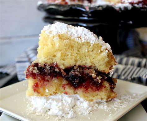 jelly doughnut cake oh bite it