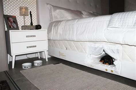 tiny bed this bed has a tiny compartment for your pet so that you