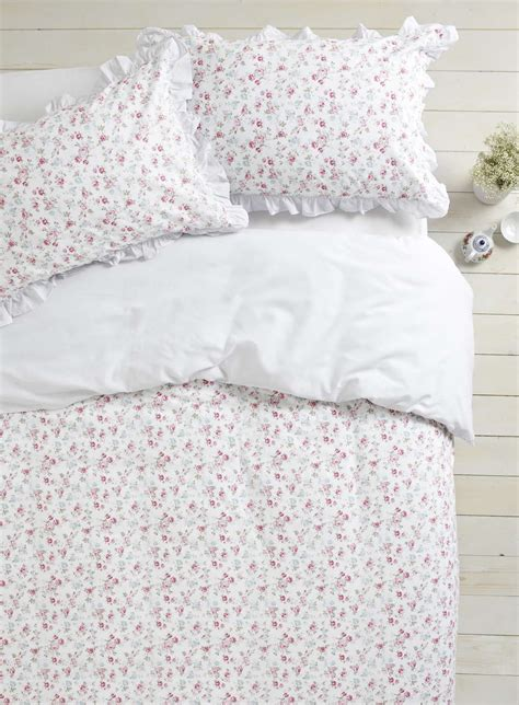 Bhs Bedding Set Esther Pink Ditsy Bedding Set Bhs Coisas Para Usar Bhs Bedding Sets And Duvet