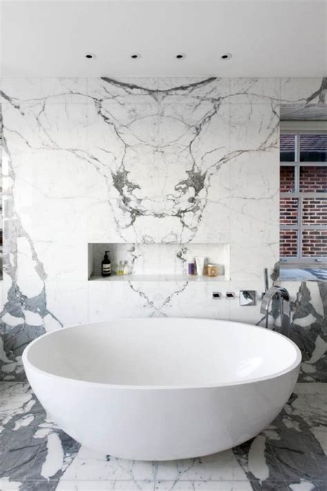 Bathtub Marble by 48 Luxurious Marble Bathroom Designs Digsdigs