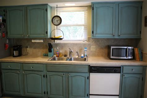 painting kitchen cabinets with sloan painting kitchen cabinets with sloan chalk paint