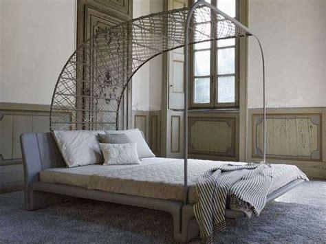 baldacchino moderno da letto moderna con i letti a baldacchino