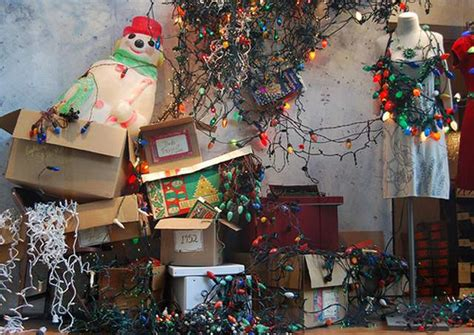 bad xmas decirations the 20 worst decoration and lights fails