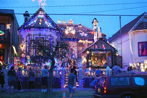 28 best christmas light displays sydney sydney s best