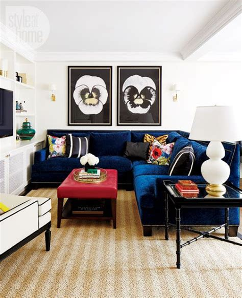 25 Stunning Living Rooms With Blue Velvet Sofas Blue Sofas Living Room