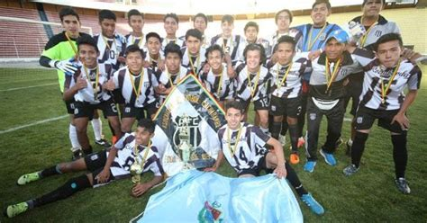 futbol de ascenso bolivia cochabamba indiscutido ce 243 n nacional sub 16 futbol