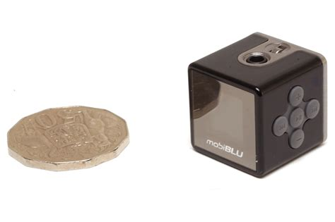 Mobiblus New Cube Shaped Media Player by Mobiblu Cube 2 Review Mp3 Players Mp3 Portable