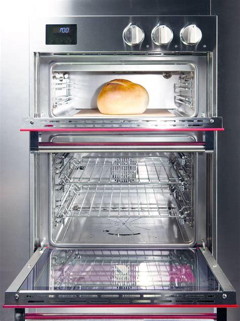 cottura pane in casa pizza e pane fatti in casa con i forni di ultima generazione