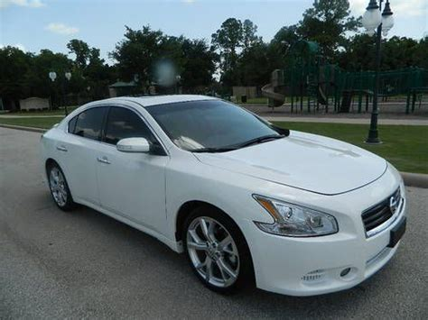 nissan maxima sunroof sell used 2012 nissan maxima 3 5 sv sport package white