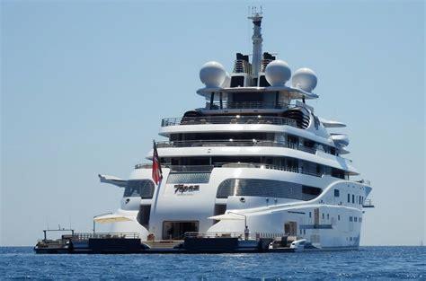 yacht quantum blue owner serene maryah topaz katara quantum blue royal romance