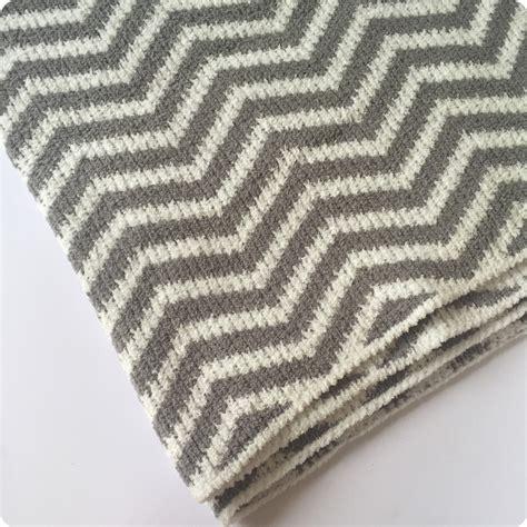 zig zag pattern generator 100x75cm grey white deep blue white wave pattern soft