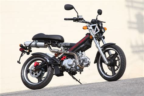Sachs Motor 200 Ccm by 2010 Sachs Madass 125 Scooter Ride Review