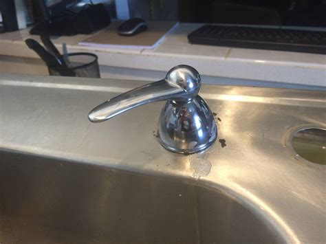 removing faucet from kitchen sink how remove faucet from kitchen sink remove the faucet how