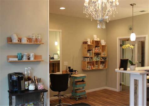 como decorar una sala de belleza pequeña como decorar una peluqueria pequea simple lo peor es que