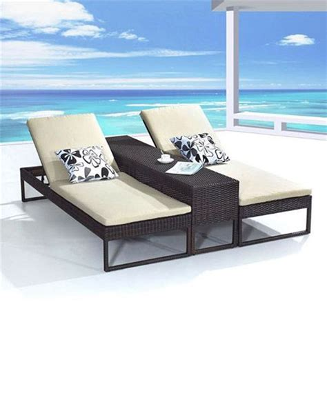Pool Chaise Lounge Chairs Sale by Best 25 Pool Lounge Chairs Ideas On