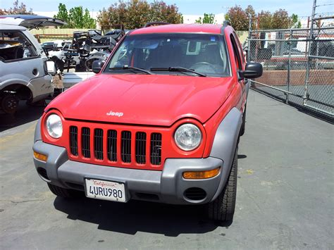 wrecked jeep liberty used salvage parts 2002 jeep liberty sport 4x4 3 7l v6 4