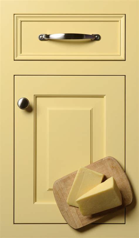 butter yellow kitchen cabinets pin by terri jewett on kitchen design ideas pinterest