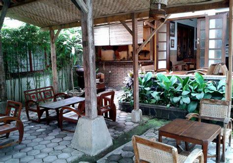 Jam Dinding Model Kopi Cafe 4 caf 233 di bandung dengan desain interior klasik mldspot