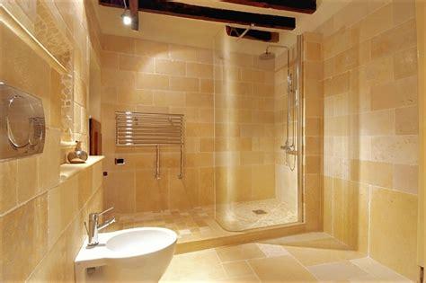 bagni con pietre naturali bagno rivestito in pietra naturale