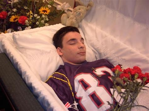 dead celebrities in open caskets dead man wakes up during his own open casket funeral