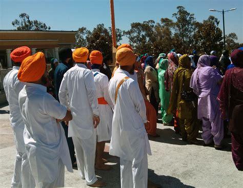 sikh dress does it really matter vikram singh khalsa