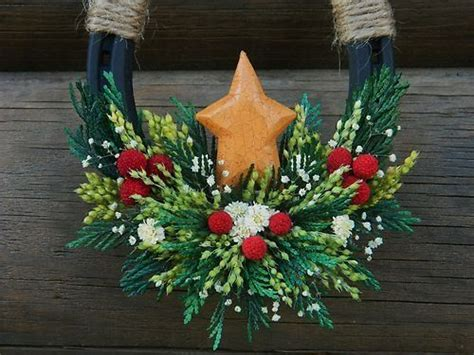 lucky colors christmas decor 25 best ideas about horseshoe wreath on shoes crafts shoe decorations and