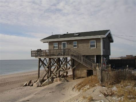 beach houses for rent in rhode island green hill beach ocean front home 3 br vacation house for rent in rhode island