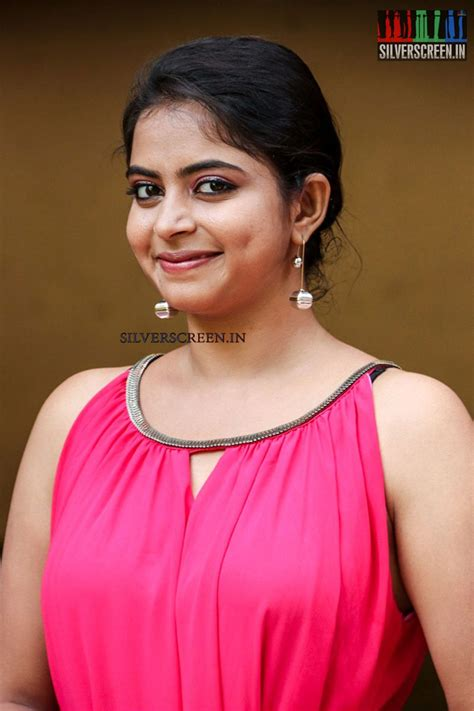 Gayatri At gayatri rema at oruthal press meet silverscreen in