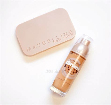 Maybelline Two Way Cake 7 must maybelline products for indian skin